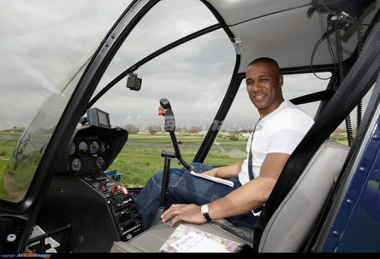 Les Ferdinand as Pilot