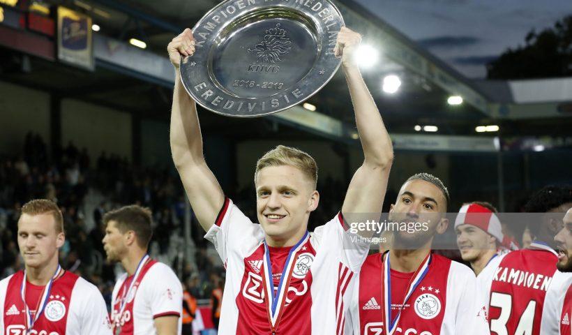 Donny van de Beek of Ajax