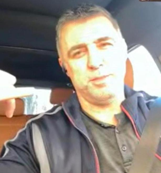 Hakan Şükür drives uber