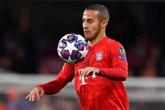Thiago Alcantara bayern munich controls the ball
