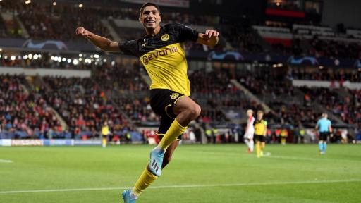achraf-hakimi-bvb-celebrates-goal