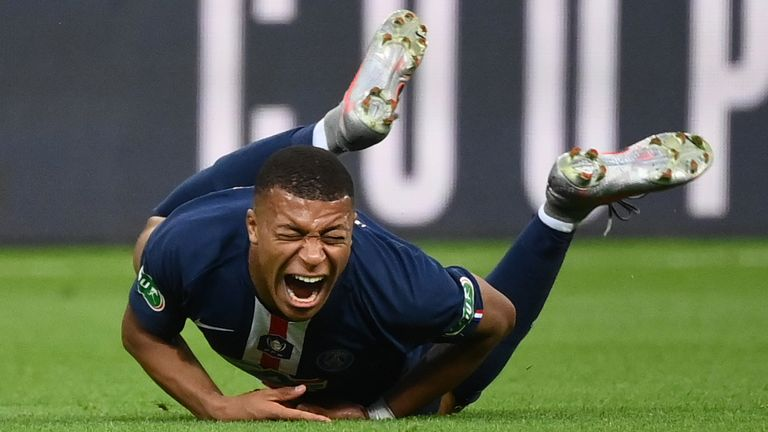 Kylian Mbappe psg injured