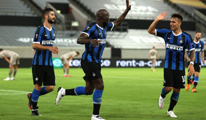 lukaku and martinez celebrate goal against shaktar in europa league