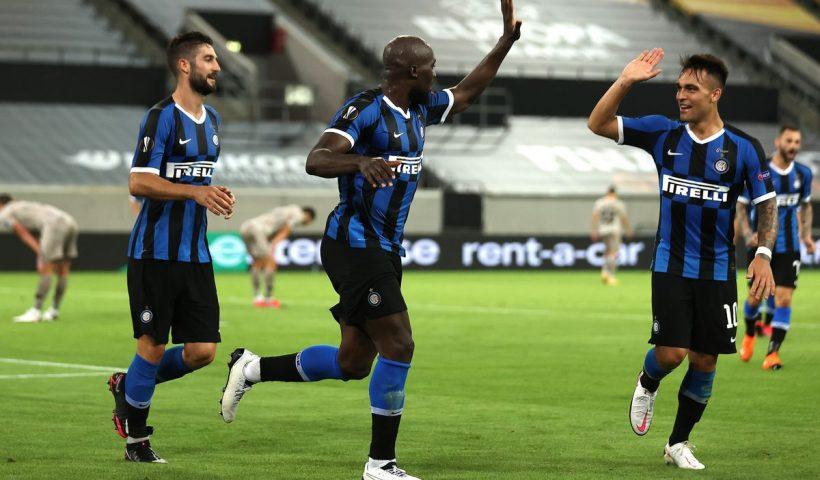 lukaku and martinez celebrate goal against shaktar in europa league