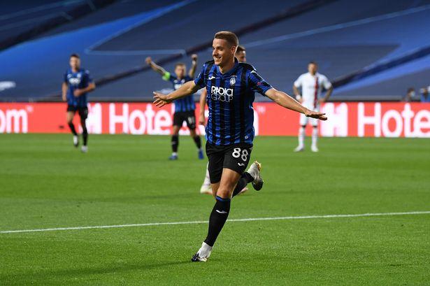 mario pasalic celebrates after goal against psg
