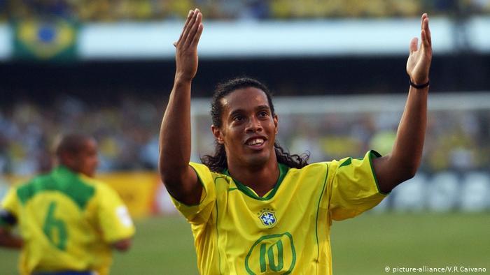 ronaldinho brazil celebrates