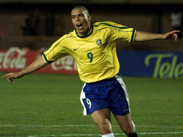 ronaldo brazil goal celebration