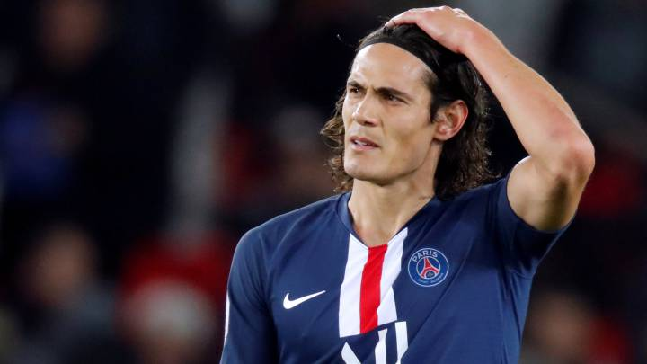 Edinson Cavani could join manchester united