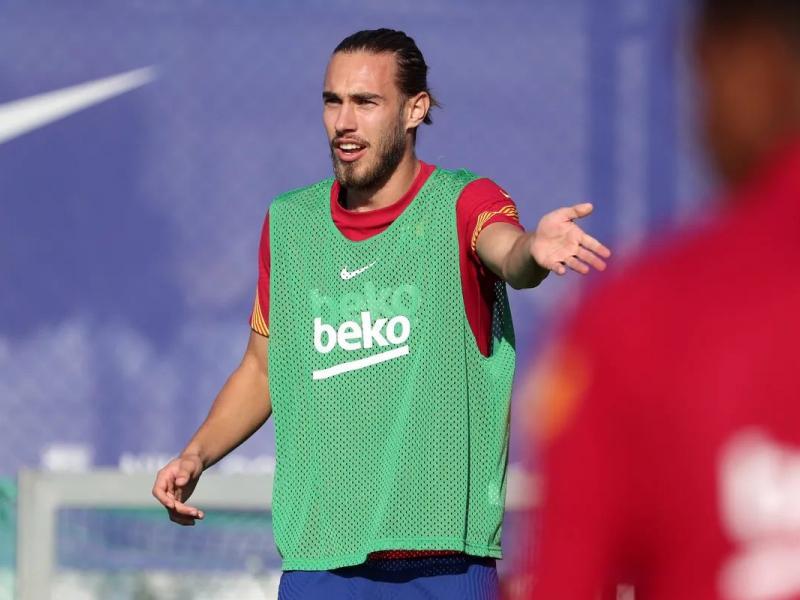 Oscar Mingueza fc barcelona