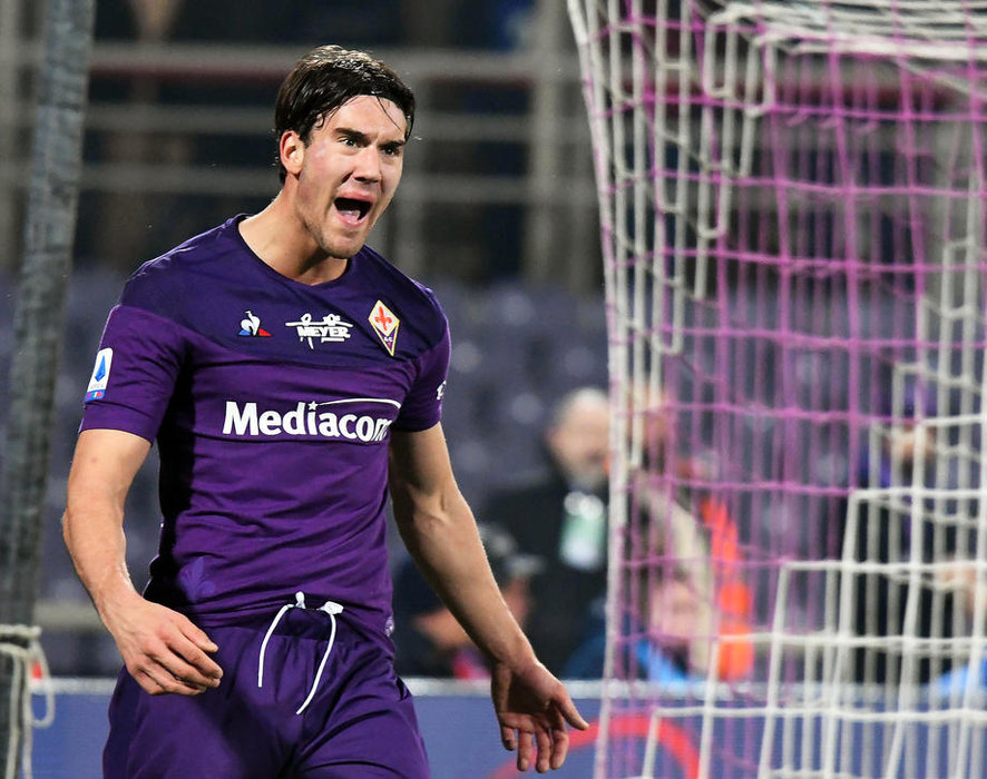 Manchester City keen on Fiorentina striker Dusan Vlahovic | FootballTalk.org