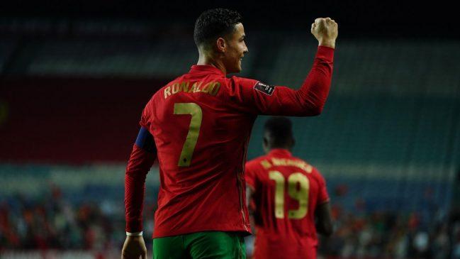 cristiano ronaldo celbrates gola against luxembourg